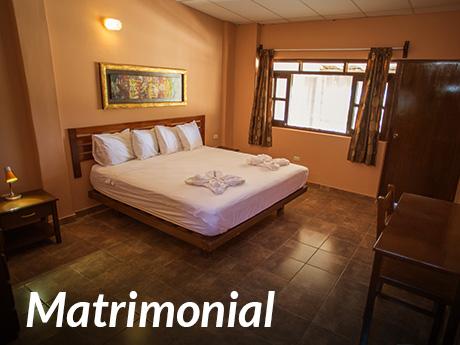 Matrimonial (cama de 3 plazas)